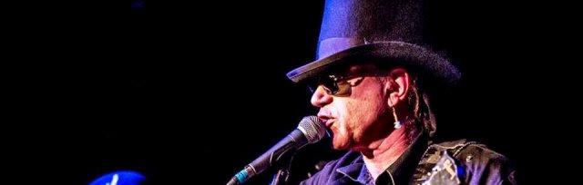St Harmonica's Blues -  Hitman Blues Band