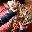Make Your Own Christmas Wreath image